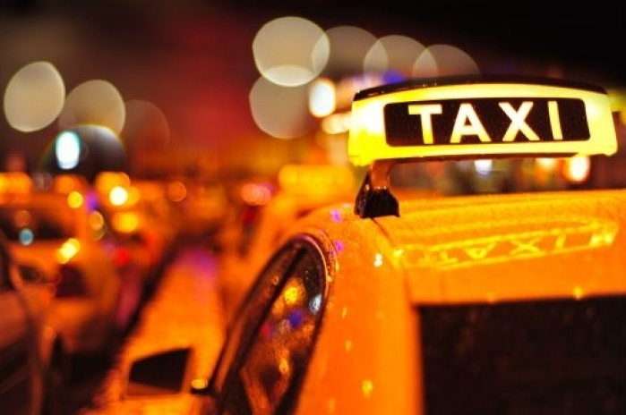 Уволниха пернишки таксиджия, той си отмъсти жестоко на фирмата