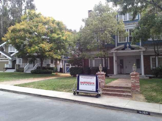 Wisteria Lane, Desperate housewives
