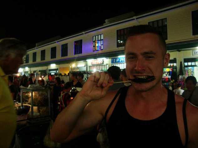 eating scorpion thailand