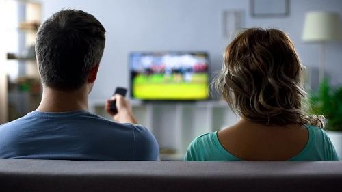 Configurer et regarder IPTV à la télévision