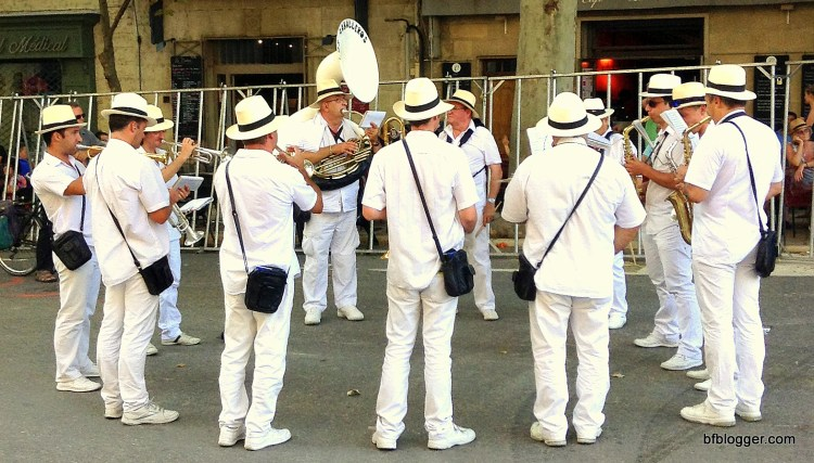 More brass bands in the street