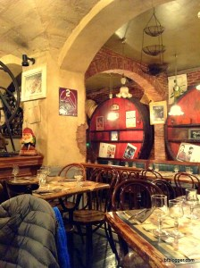 Vieux Cafe d'Aniathazze in Uzes