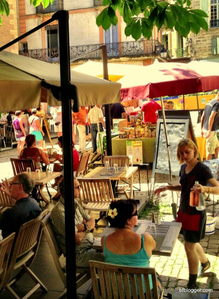 Saturday market in Pézenas