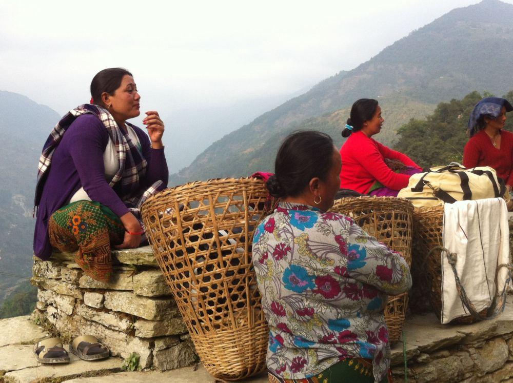 Women baggage handlers in Nepal