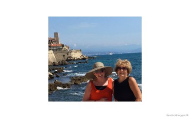 Barefoot Blogger in Antibes