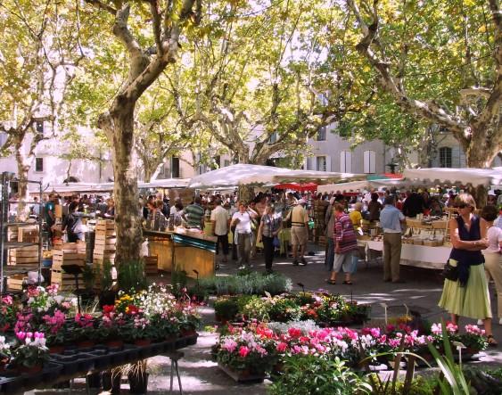 Market in Uzès