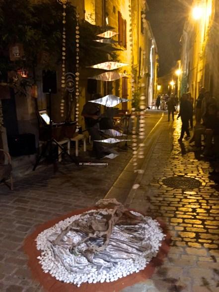 Blanche Nuit in Uzes