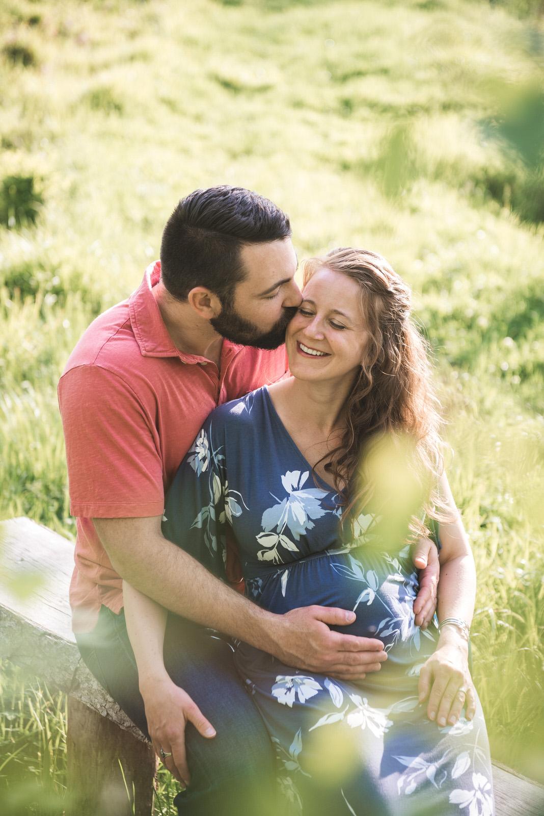 sweet-kiss-athens-ohio-maternity-session