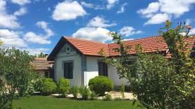 Най-старата-сграда-къща-за-гости-Левана-Българево