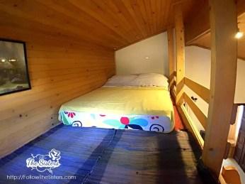 Малката-къща-в-Сливен-легло-на-втори-полуетаж