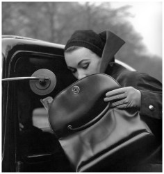 Sophie Livak photographed by Georges Dambier, January 1953 via PhotoPleasure.wordpress.com