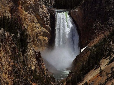 falls-386991_640