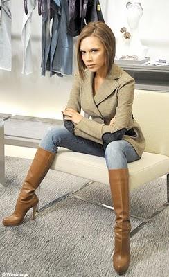 Cómo llevar un jean según Victoria Beckham