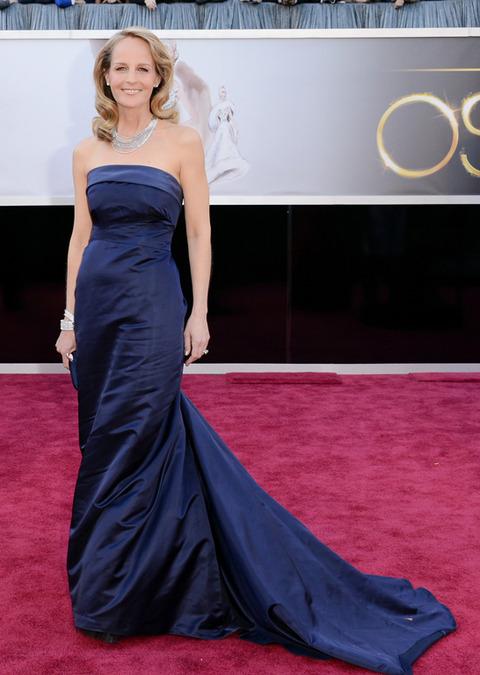 Helen Hunt en la alfombra roja de los Premios Oscar 2013