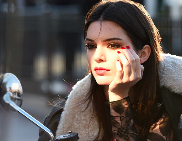 Kendall Jenner para Estee Lauder