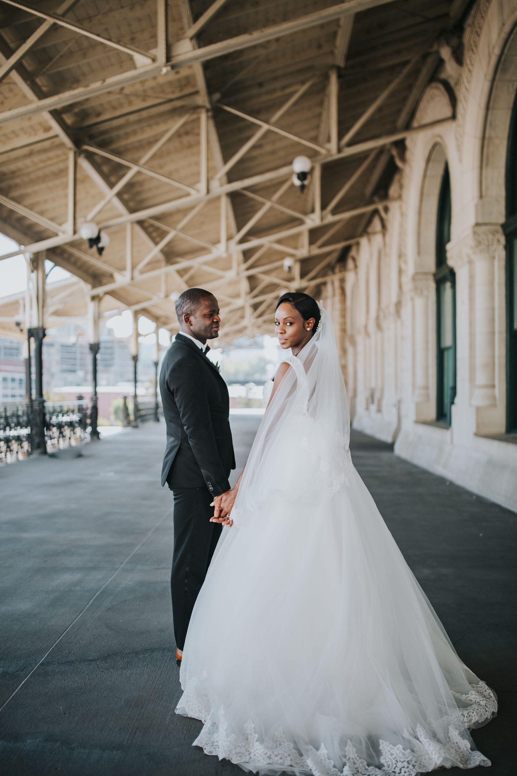 nashville wedding couple