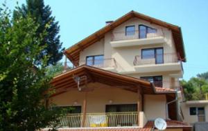 Къщи за гости в Троянския Балкан