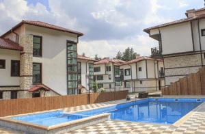 Хотел 10 Къщи в Говедарци
