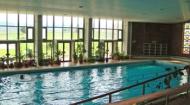 хотелкомплекс павел баняи в павел баня с вътрешен басейн