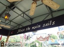 Hoist the main sails