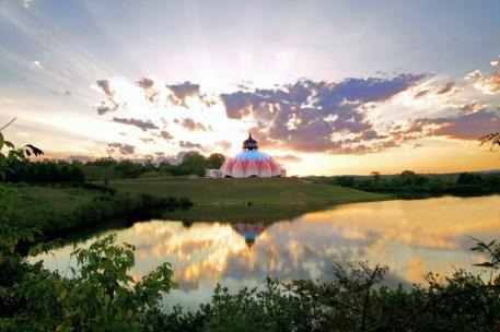sunrise-lotus-temple