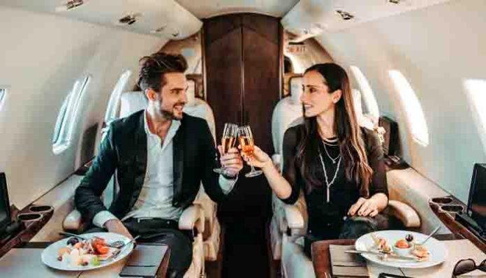 """चार्टर्ड उड़ानों के जरिए भारत आने वाले विदेशियों को मिलेगा """"पर्यटक वीजा"""""""