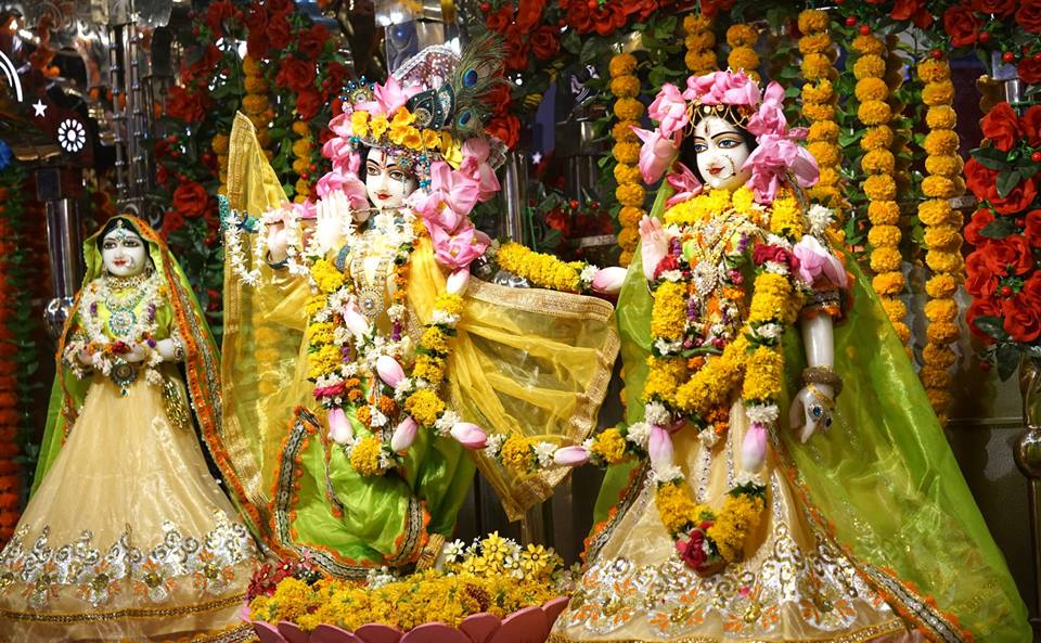 13 May 2018 – Rasa-pancadhyayi – The Fruit of Divine Love (English and Hindi)
