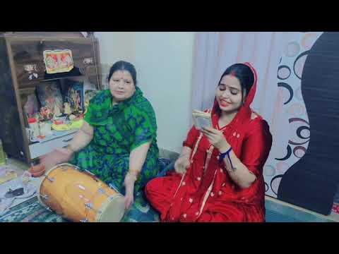 #aarti kunj bihari ki# happy janmastmi# excited sasu maa #bhajan#subscribe#like#comment# and #share#