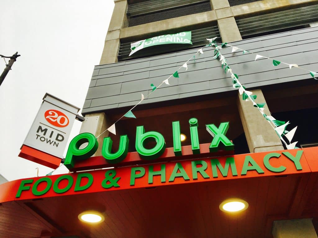 """Welcome to Publix"" – Birmingham opens first downtown grocery store in decades  (photos)"