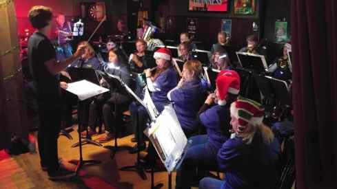 Crestwood Community Band Christmas performance
