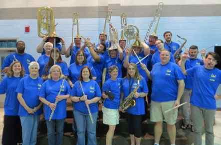 Crestwood Community Band making goofy faces.