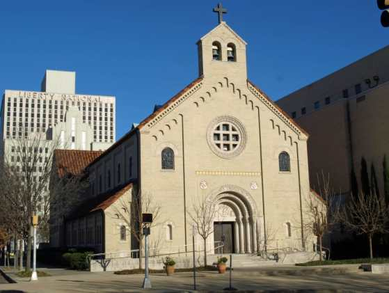 Birmingham, Greek Orthodox Church, Holy Trinity-Holy Cross Greek Orthodox Church