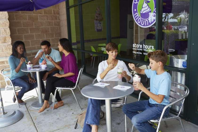 Birmingham, Yogurt Mountain, frozen yogurt, dessert, ice cream, YOMO