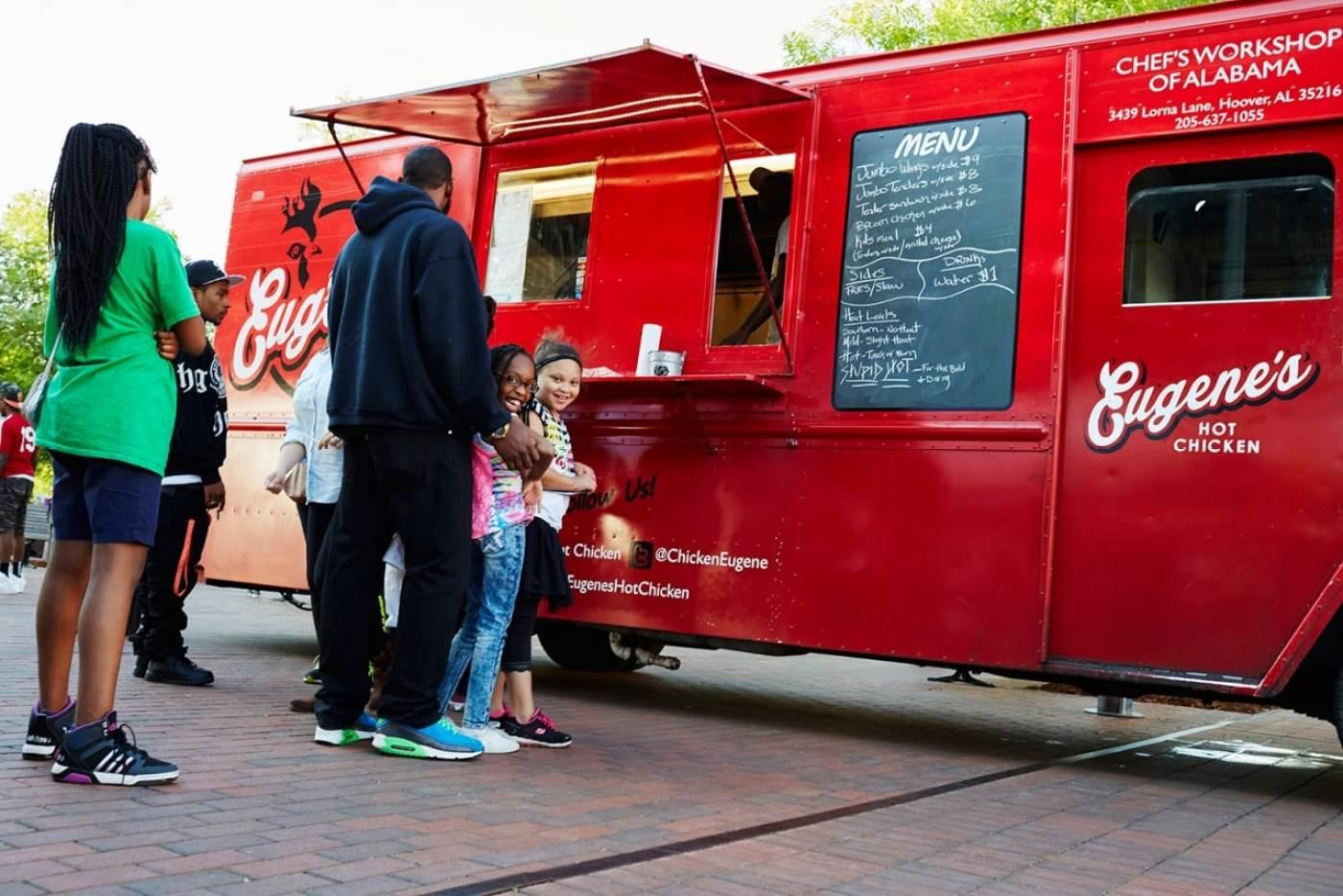 Birmingham, Birmingham food trucks, Eugene's Hot Chicken