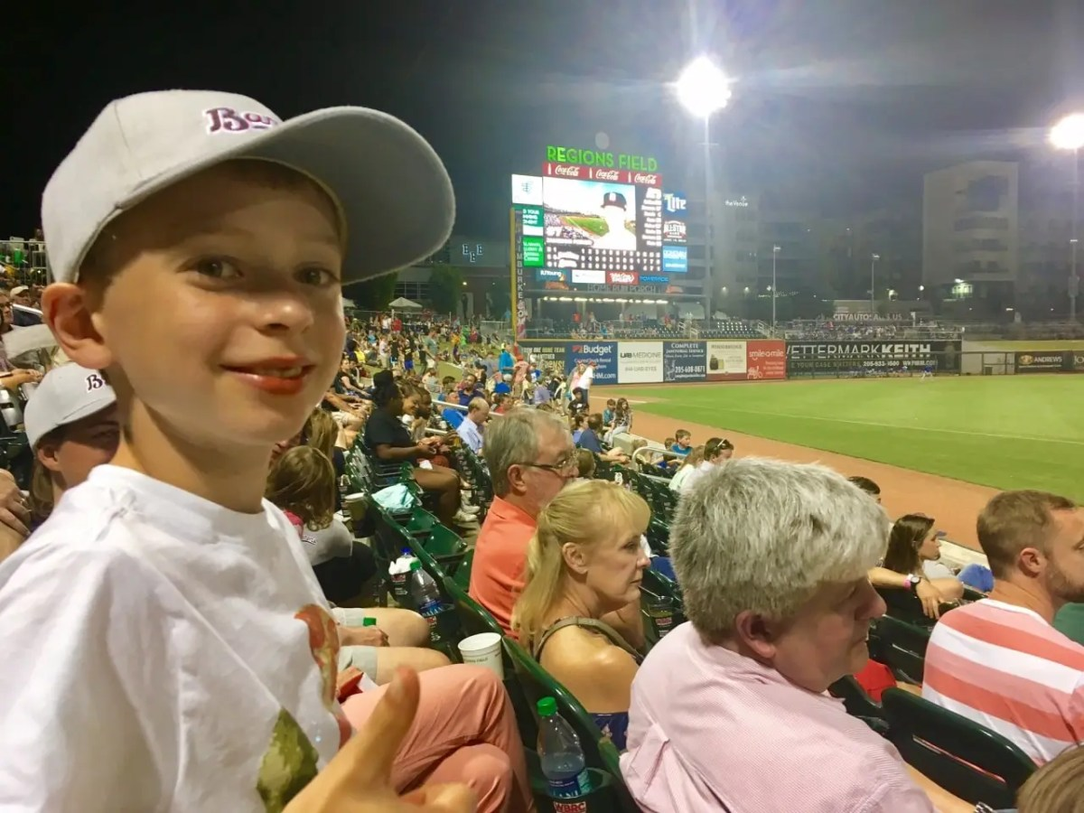 Meet the Snyder family and learn why the Birmingham Barons Family Pack on Saturday night is the best value in the Magic City