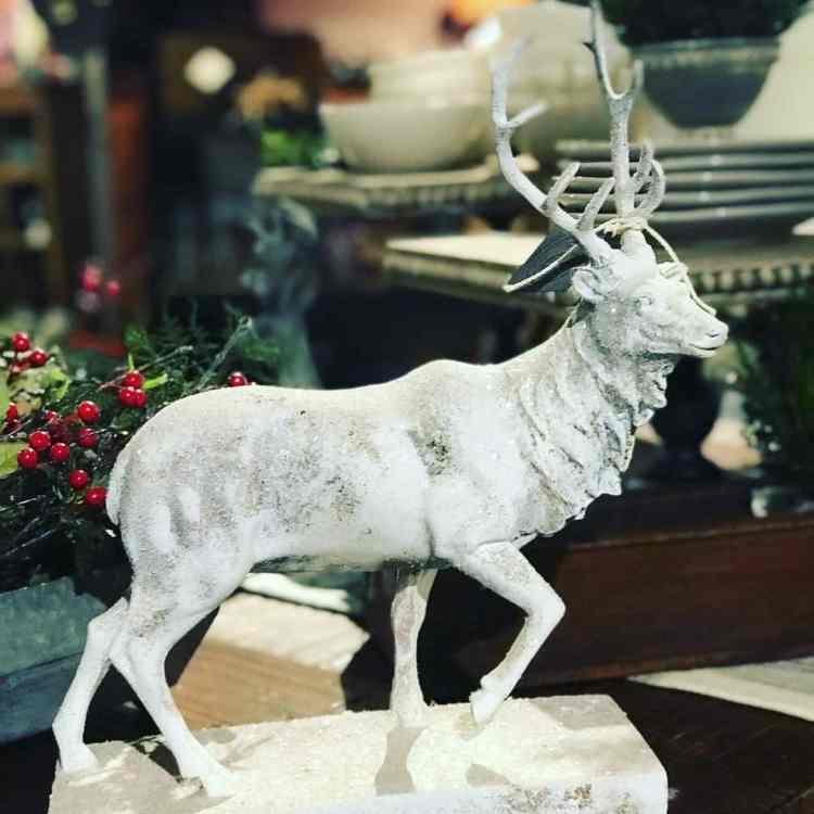 Birmingham, Nona Ruth's, holiday decorations, holiday season, Trussville