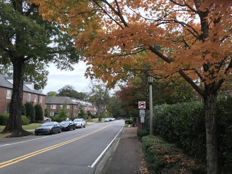 Birmingham, Fairway Drive in Mountain Brook, Mountain Brook, Mountain Brook Alabama, fall drives, Driver's Way