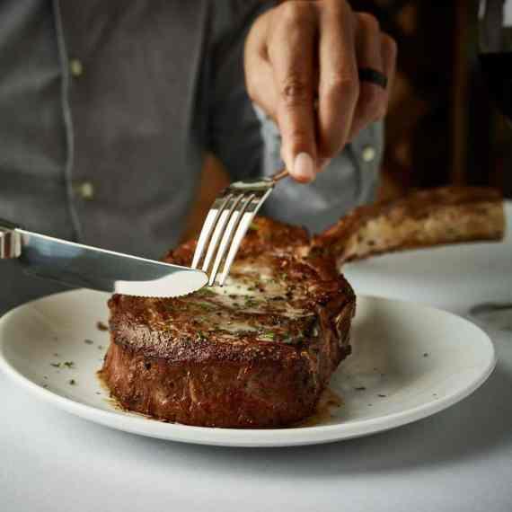 Birmingham, Flemings, Flemings Prime Steakhouse and Wine Bar, Thanksgiving, Thanksgiving dinner, Thanksgiving brunch