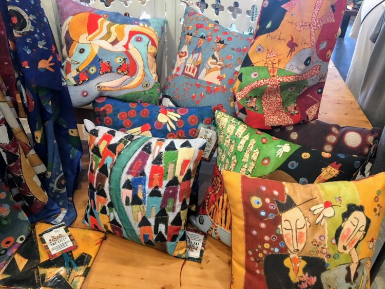 Tre Lilli is a Birmingham maker collaboration offering colorful, richly textured gifts for the holidays.