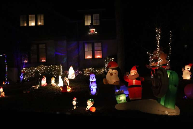 Shadracks Christmas Wonderland.7 Must See Holiday Light Displays Around Birmingham