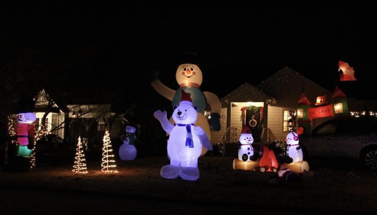 Birmingham, Christmas lights, Christmas decorations, Driver's Way, light displays