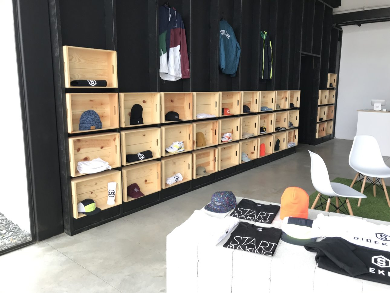 Birmingham, Alabama, Avondale, Sidekicks, Sneaker Shop, 400 41st St S