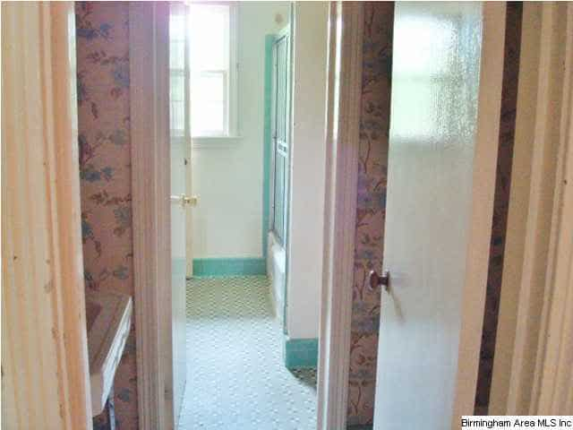 Birmingham, Alabama, Bluff Park, home makeover, house renovation, before photo, bathroom
