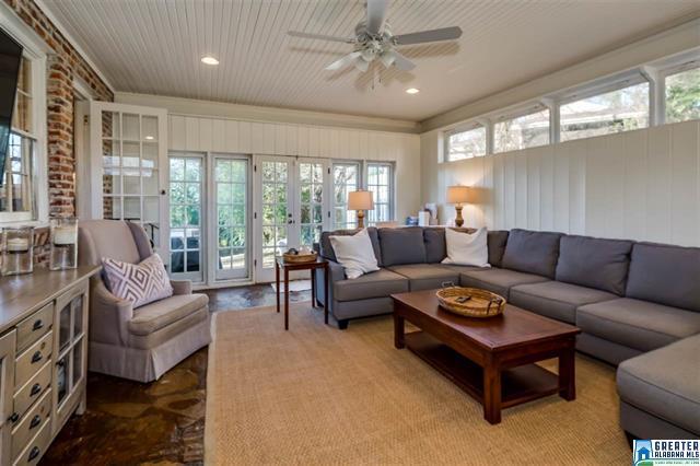 Birmingham, Alabama, Bluff Park, home makeover, house renovation, after photo, family room