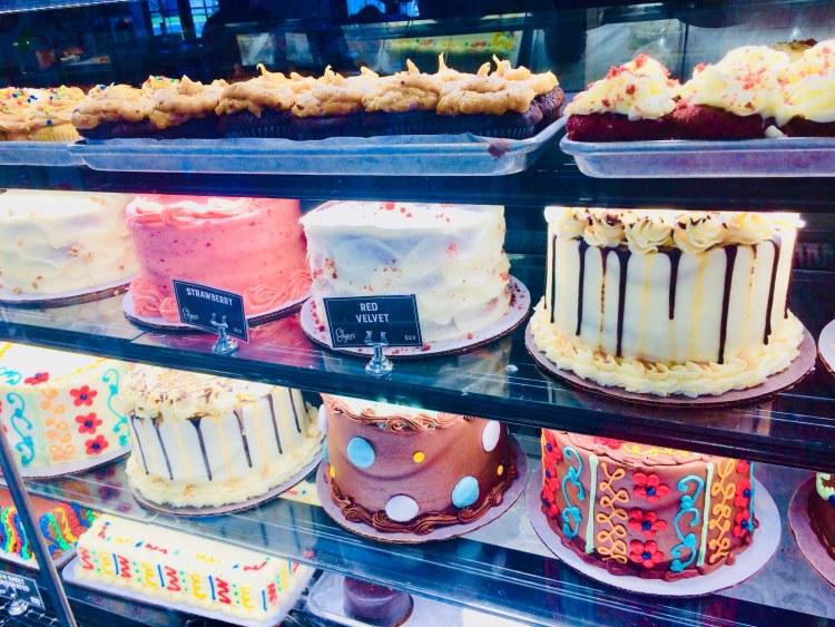 Birmingham, Edgar's Bakery, Trussville, cakes, bakery, Easter