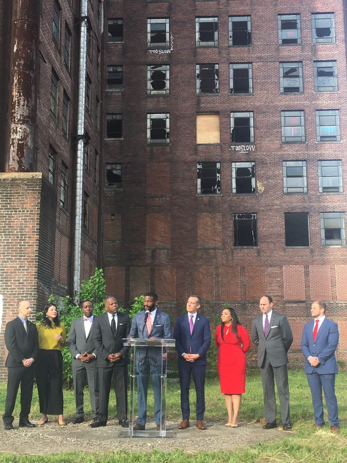 Mayor Woodfin unveils new partnership to drive investment into Birmingham Opportunity Zones