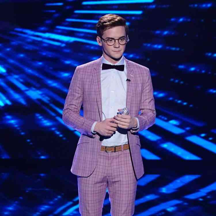 "Walker Burroughs sang a show tune from ""The Sound of Music"" on American Idol Sunday, April 14."