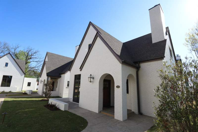 Cottages on Fifth provides simple, elegant city living.