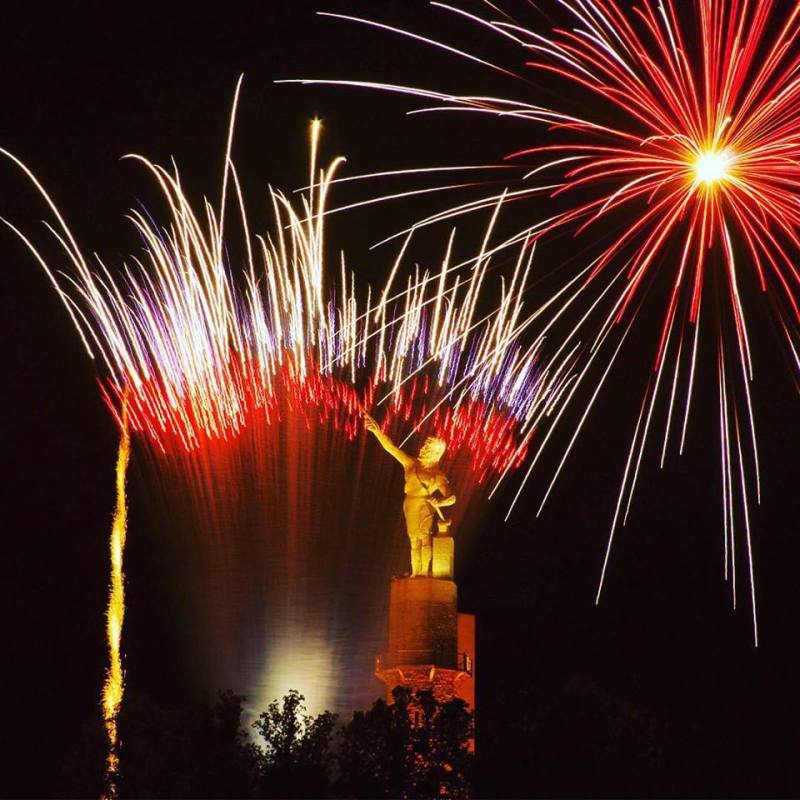 July 4 20 minute fireworks show at Vulcan Park and Museum. will be synchronyzed to music. Birmingham, Alabama.