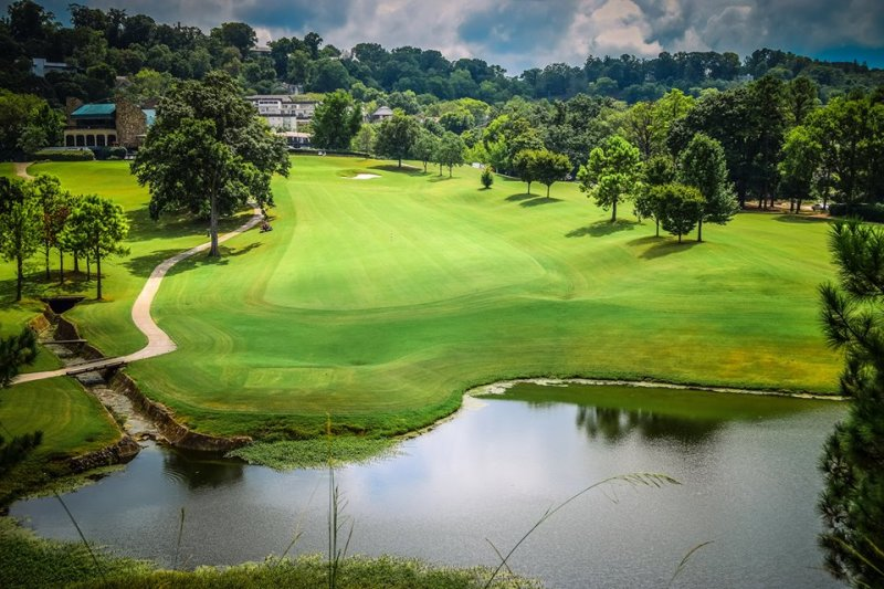 A lake provides a water hazard at Highland Park Golf in Birmingham, AL